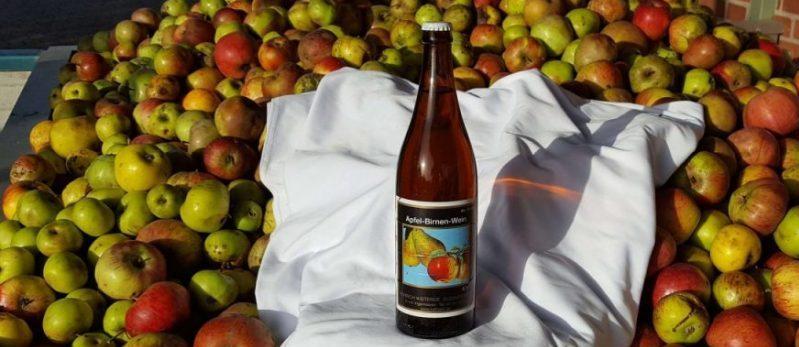 Apfel Birnen Wein