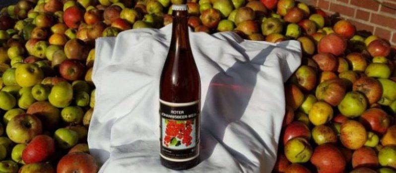 Roter-Johannisbeer - Wein